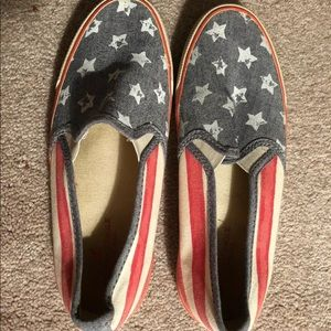 American eagle slip one shoes size 7